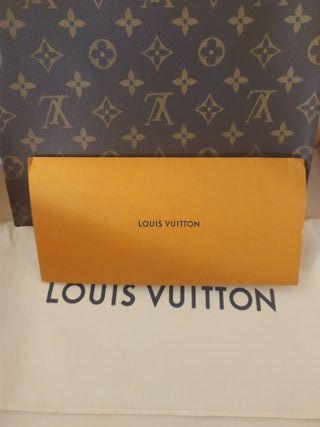 Neceser 26 (Toiletry Pouch) Louis Vuitton