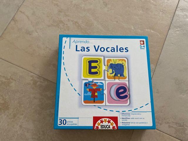 Las vocales , puzzle de Educa .