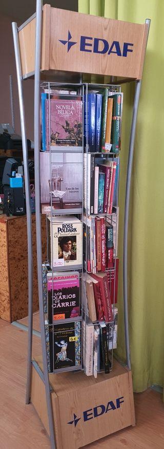 Expositor libros