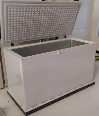 Congelador Becken BoostFreezing BCF3900