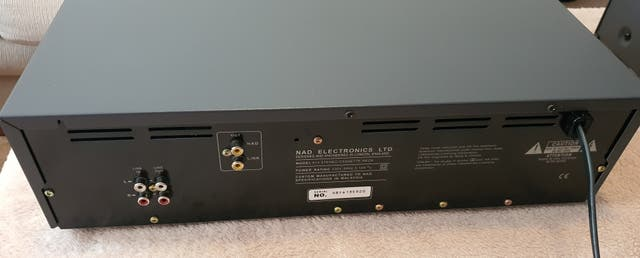 NAD 613. Pletina Cassette Deck