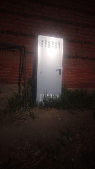 Puerta de trastero