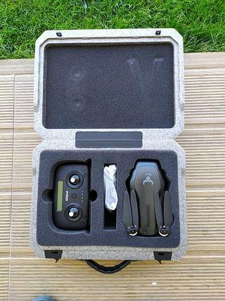Se vende drone zlrc 906 pro con muy poco uso.