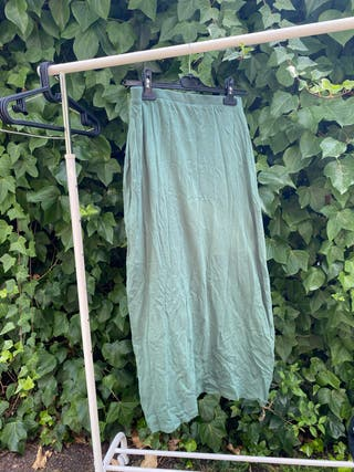 Falda verde larga NUEVA