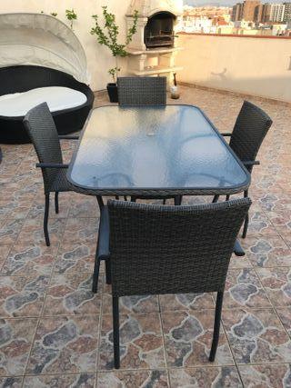 Mesa Jardín o terraza + 4 sillas gris oscuro