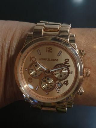 Reloj pulsera.