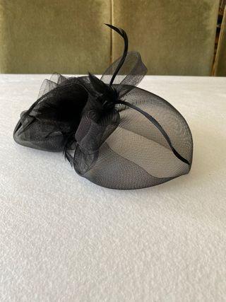 Tocado de boda negro