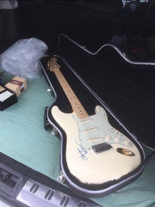 COMO NUEVA!! Guitarra Fender stratocaster U.S.A.