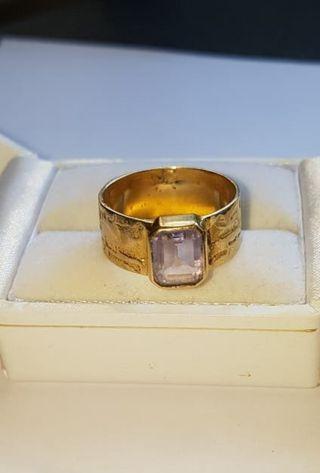 anillo de oro 18kt y amatista