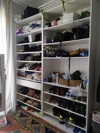 Estante PAX vestidor Ikea con baldas para zapatos