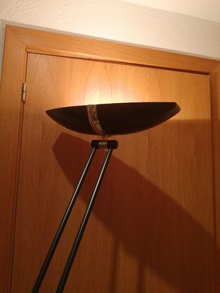 Lampara de pie luz regulable