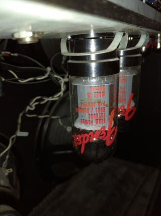 amplificador Fender de ville 5 válvulas 180w