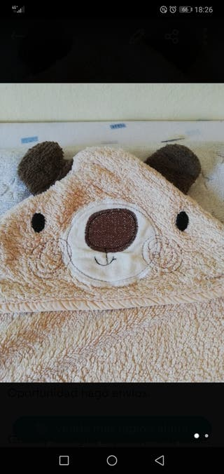 toalla bebé capa