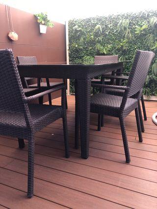 Mesa jardín y seis sillas