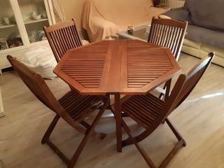 Mesa + 4 sillas de jardin