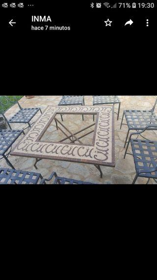 Conjunto de mesa y sillas para jardín