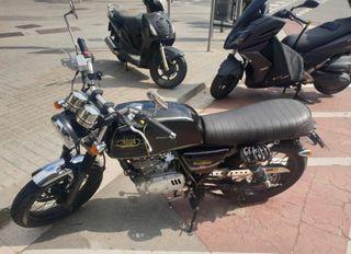 Moto Mash black seven 125 cc (2017)