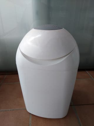 contenedor de pañales Sangenic con 2 recambios