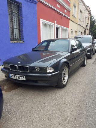 BMW Serie 7 CLASICO