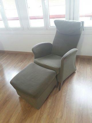 sillón con reposapiés