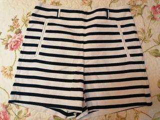 Short Zara Nuevo (talla S)