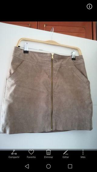 Falda de piel, talla S de mango
