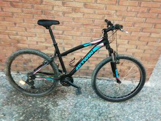 vendo mountainbike B-TWIN