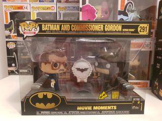 Figura POP DC Comics Batman 80th with Light Up Bat