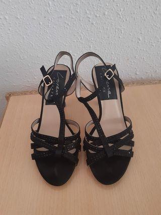 Sandalias negra Lorena