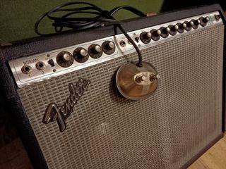 Fender Twin Reverb Silverface altavoces JBL Ampli