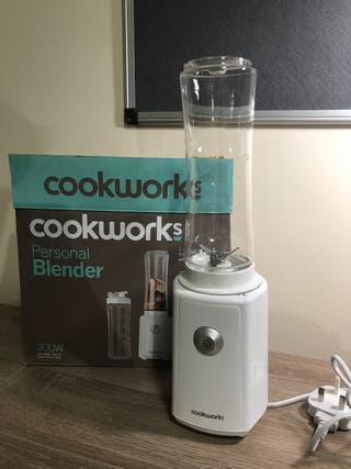 Blender with accessories