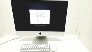 Apple iMac 16,1 i5 1,6GHz 8 RAM 1 TB 21,5'' 10143