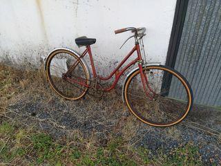 bicicleta antigua vieja clásica BH