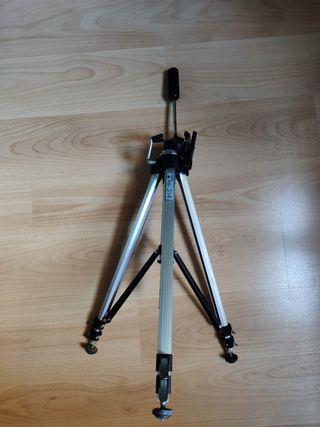 Trípode cámara fotográfica
