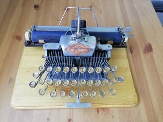Máquina de escribir Blickensderfer con ñ