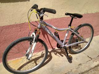 """bicicleta rueda 24"""" decathlon con amortiguador"""