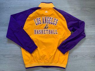 Chaqueta Chandal adidas Lakers talla L.