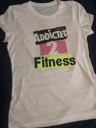 camiseta deportiva Reebok