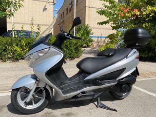 Moto suzuki burgman 200