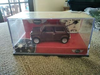 sealed corgi lined edition mini car ,and garage