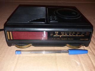 Radio Reloj Despertador EUROSONIC.