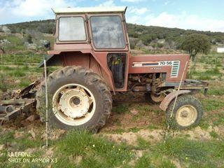 tractor viñedo con escentricas