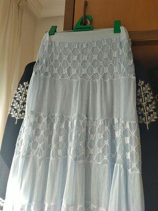 falda larga e
