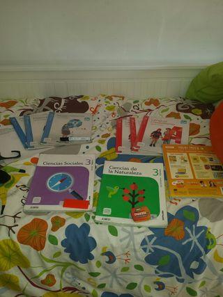libros Santillana de 3 de primaria.