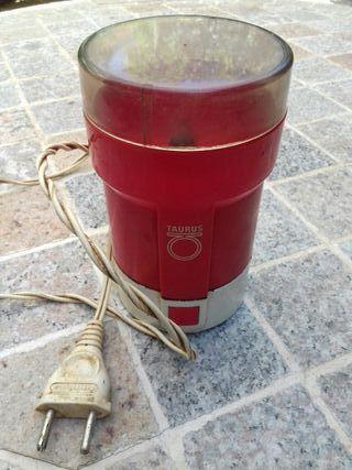 molinillo cafè eléctrico Taurus