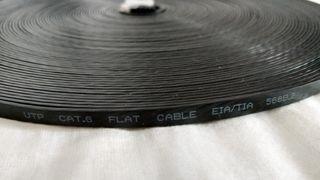 Cable plano Ethernet de 30 metros de largo