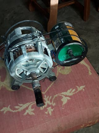 Motor lavadora con condensador e interruptor.