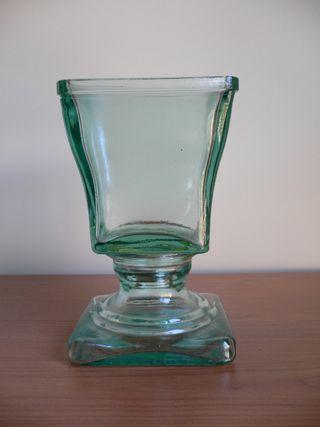 Jarrón de cristal cuadrado