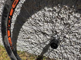 "Ruedas KTM DT TEAM II CC 29"" boost"