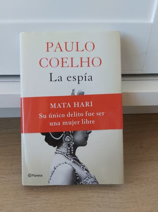 La espia Paulo Coelho